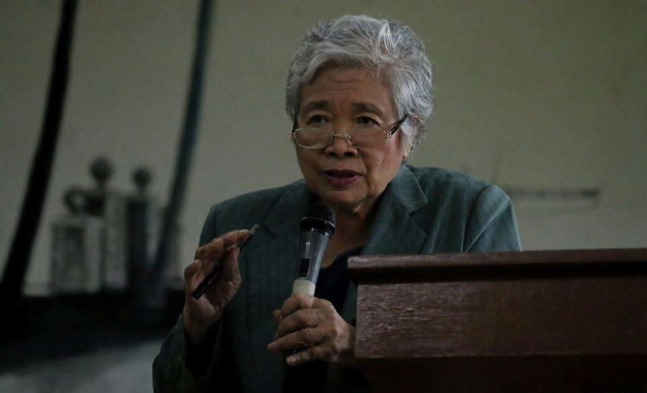 Prof. Emeritus Leonor M. Briones, chair of the SU board of trustees, lectures about how to fight corruption in the Philippines on Ethics in Governance Forum: Filipino Solutions to Corruption last Sept. 22 at SU Hall. PHOTO BY Leandro T. Credo