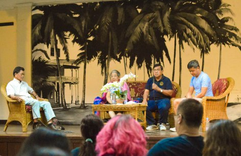 "PULONG-PULONG. Martial Law survivors, (L-R) Rev. Joel Tabada , Prof. Lorna Makil, and Prof. Carlos Magtolis, talk about their Martial Law experiences during the ""Pulong Pulong Sa Martial Law"" last Sep. 21 at Silliman Hall. After the forum, a candle-lighting was conducted at East Quadrangle to commemorate the 45th anniversary of Martial Law. PHOTOS BY JILL SILVA"
