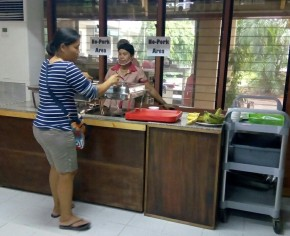"HALAL CORNER: The Silliman University Cafeteria opens a ""No Pork Area"" to cater especially to Muslim customers. PHOTO By HANNAH BENGCO"